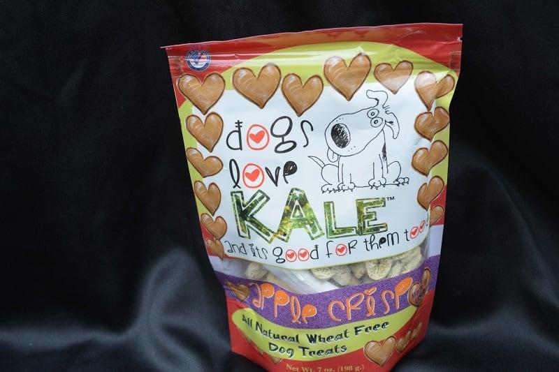 Furry Friends Club - Dogs Love Kale