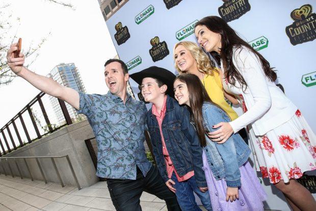 Eh Bee Family - Kellie Pickler - Floanase Partnership